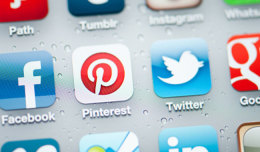 social_media_icons_iphone